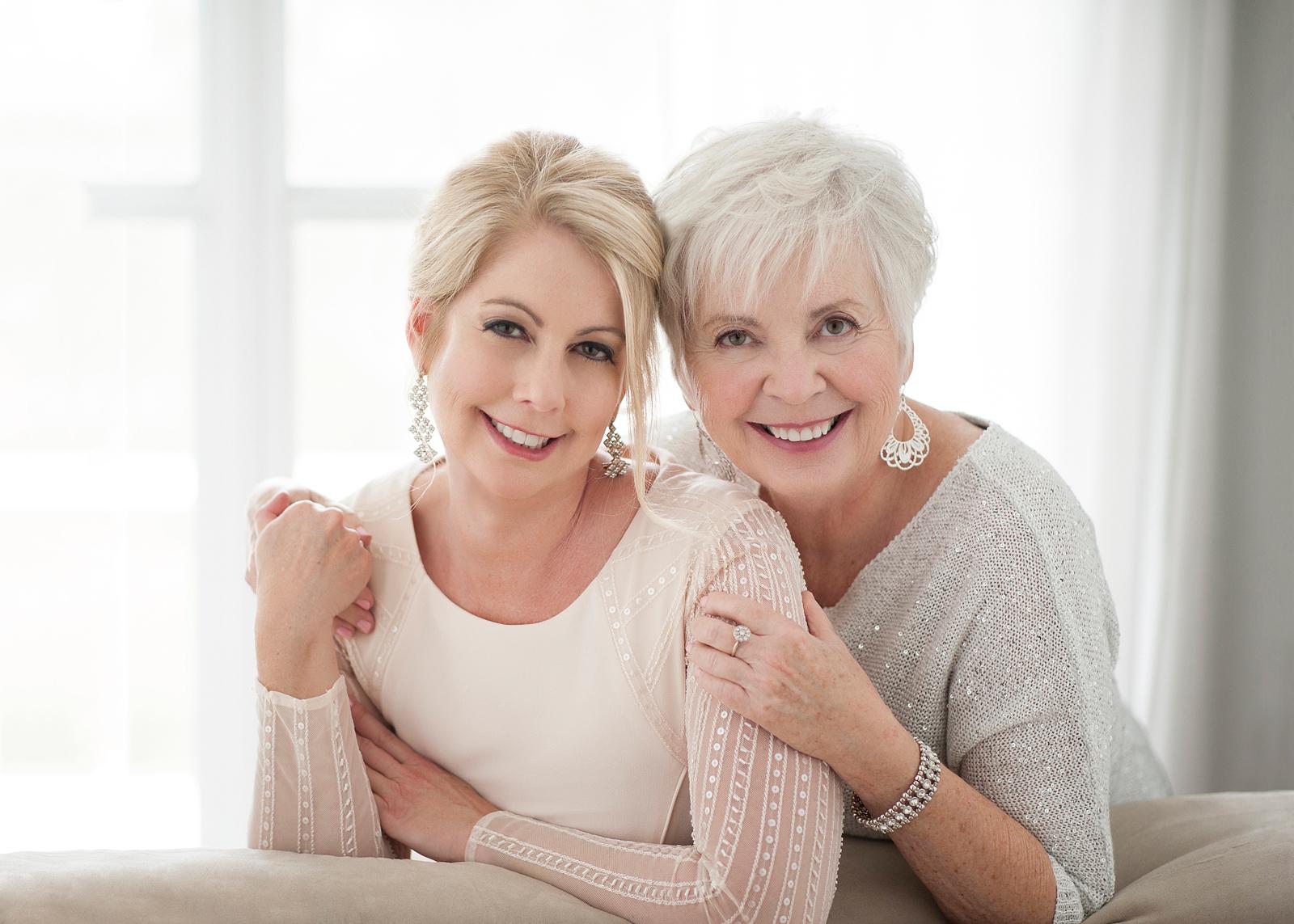 12-lovely-mother-daughter-backlit-smiling-heirloom2.jpg