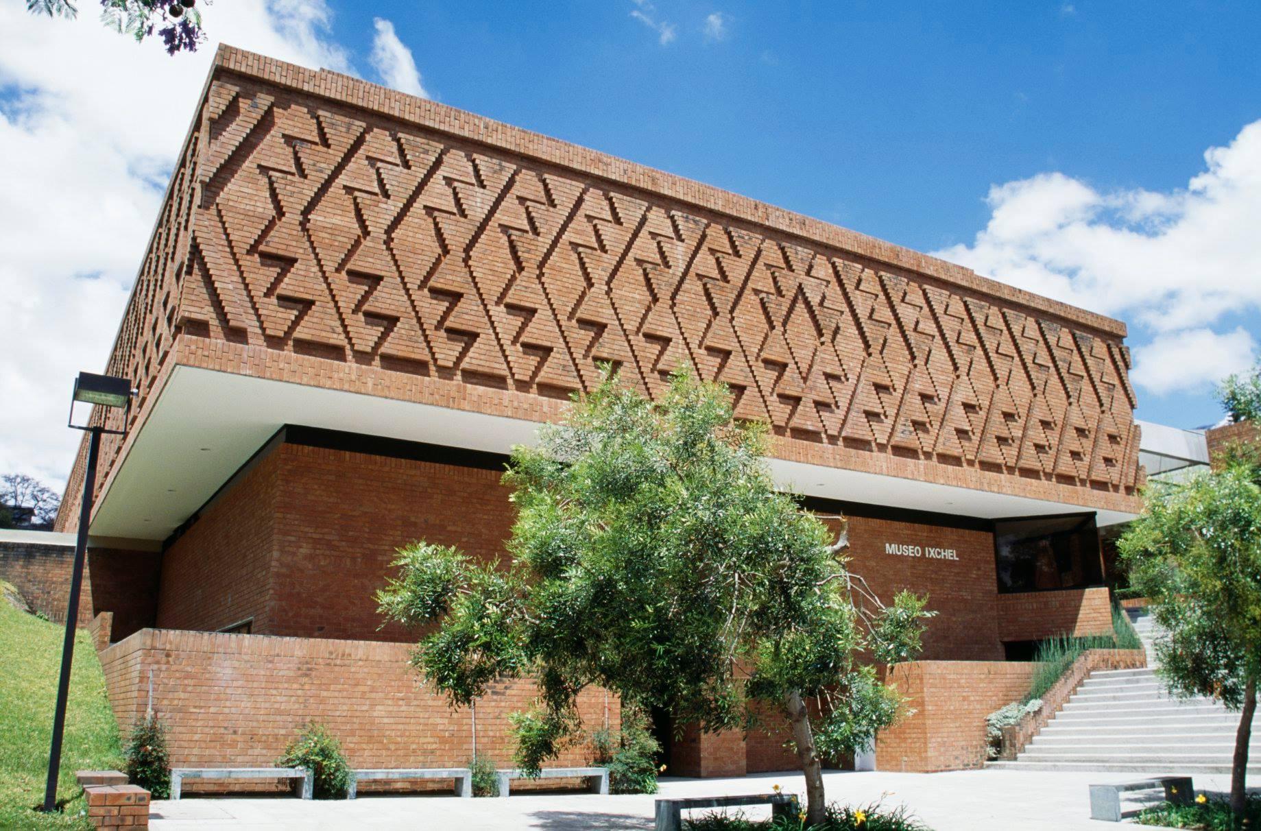 Museo Ixchel Fachada.jpg