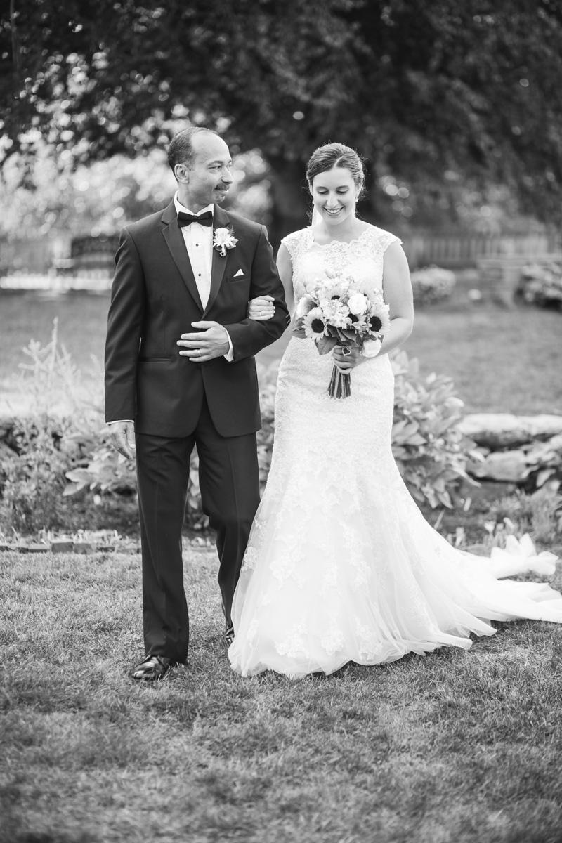MountHope_wedding-12.jpg