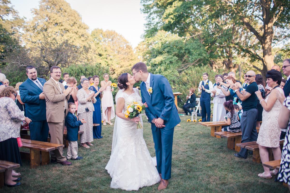 MountHope_wedding-16.jpg