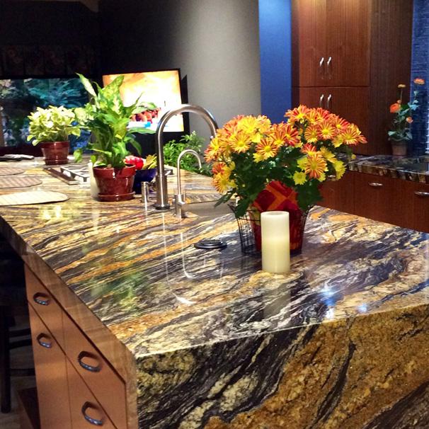 large-kitchen-bar-5.jpg