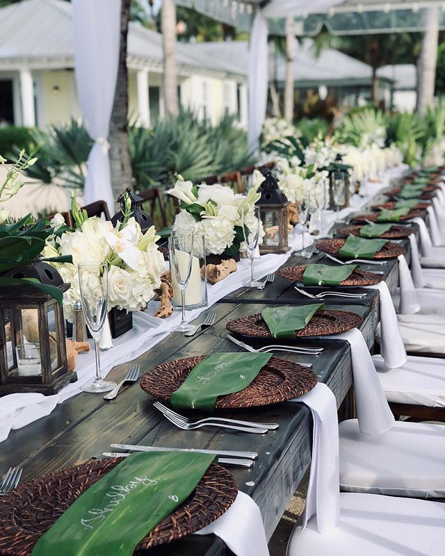 A finished tablescape like this sets a wow factor for your guests, as they enter to be seated for dinner. Details create the big picture! • • • • #destinationwedding #luxurywedding #weddingday #happilyeverafter #weddingvibes #keywest #flkeys #soireekeywest #hireaplanner #weddingplanner #partyplanner #weddingpro #dayofcoordination #lifeofaweddingplanner #dreamwedding #weddingtrends #love #soflowedding #realwedding #igerswedding #weddingdecor #eventdesign #weddingstylist #weddinginspo #weddingdetails #royaltable #islandchicwedding