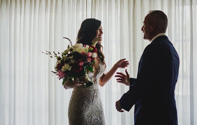 When a father sees his little girl as a bride for the very first time ❤️ 📸: @taramcphotoart • • • #firstlookwithdad #bride #fatherofthebride #destinationwedding #luxurywedding #weddingday #weddingvibes #keywest #flkeys #soireekeywest #hireaplanner #weddingplanner #weddingpro #dayofcoordination #weddingtrends #love #realwedding #igerswedding