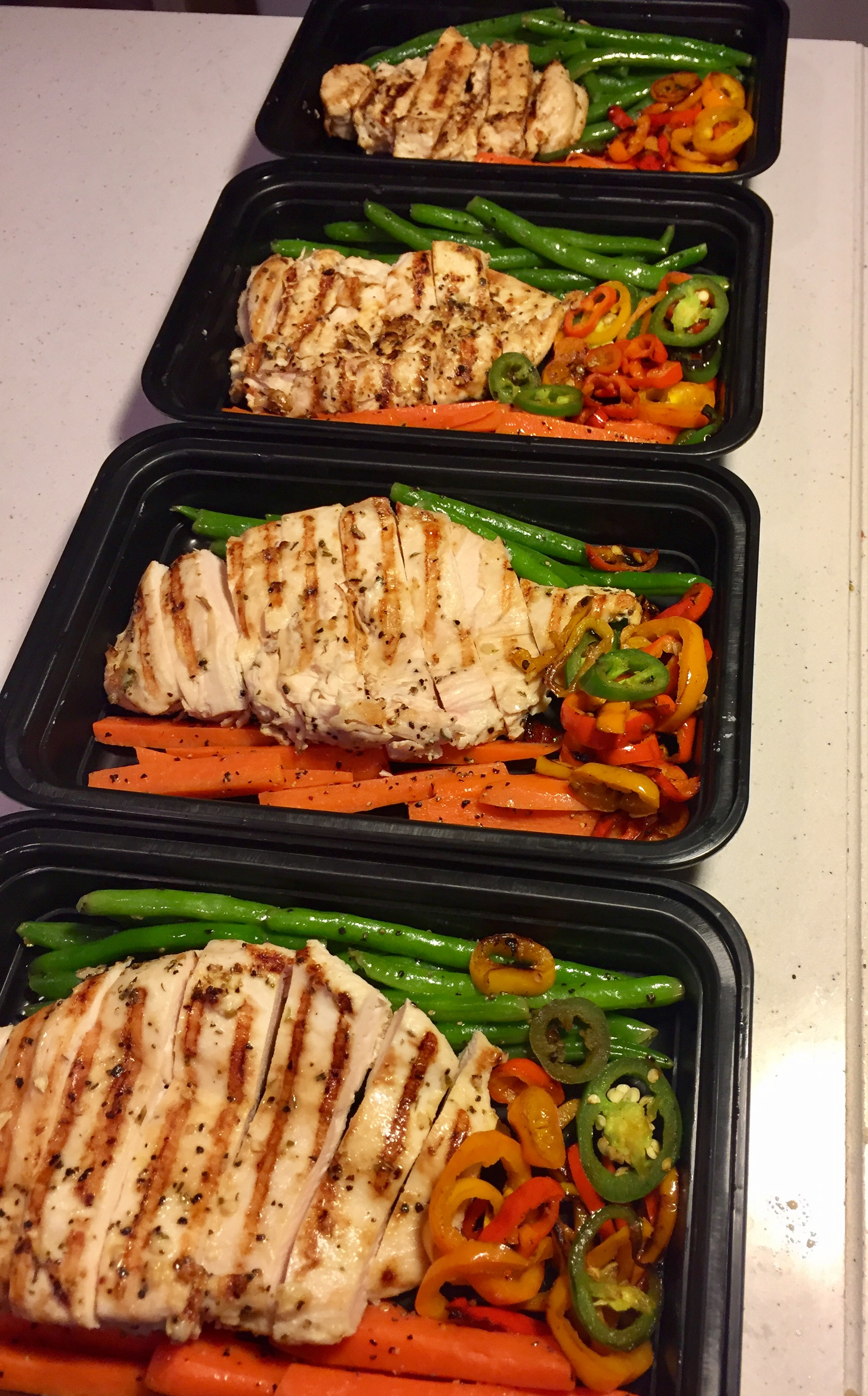 Italian Chicken with Carrots, Green Beans, and Peppers