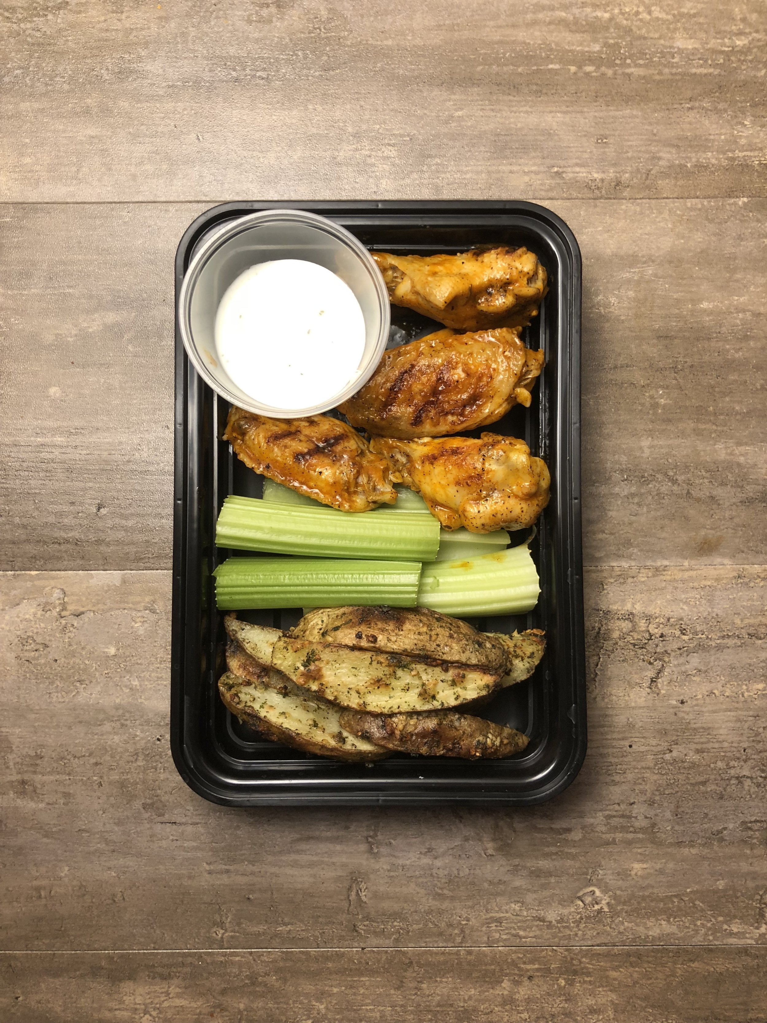 Chicken Wings with Potato Wedges Meal Prep