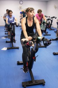 Inessa Thompson takes a cycling class with the latest equipment.