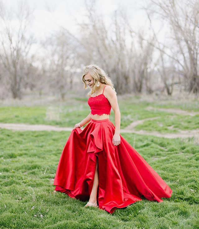 Client highlight of the beautiful @mayci.torgerson!❤️✨ #sherrihill #ypsilondresses