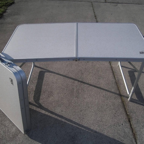 Folding Table   DAily Hire $10 ea
