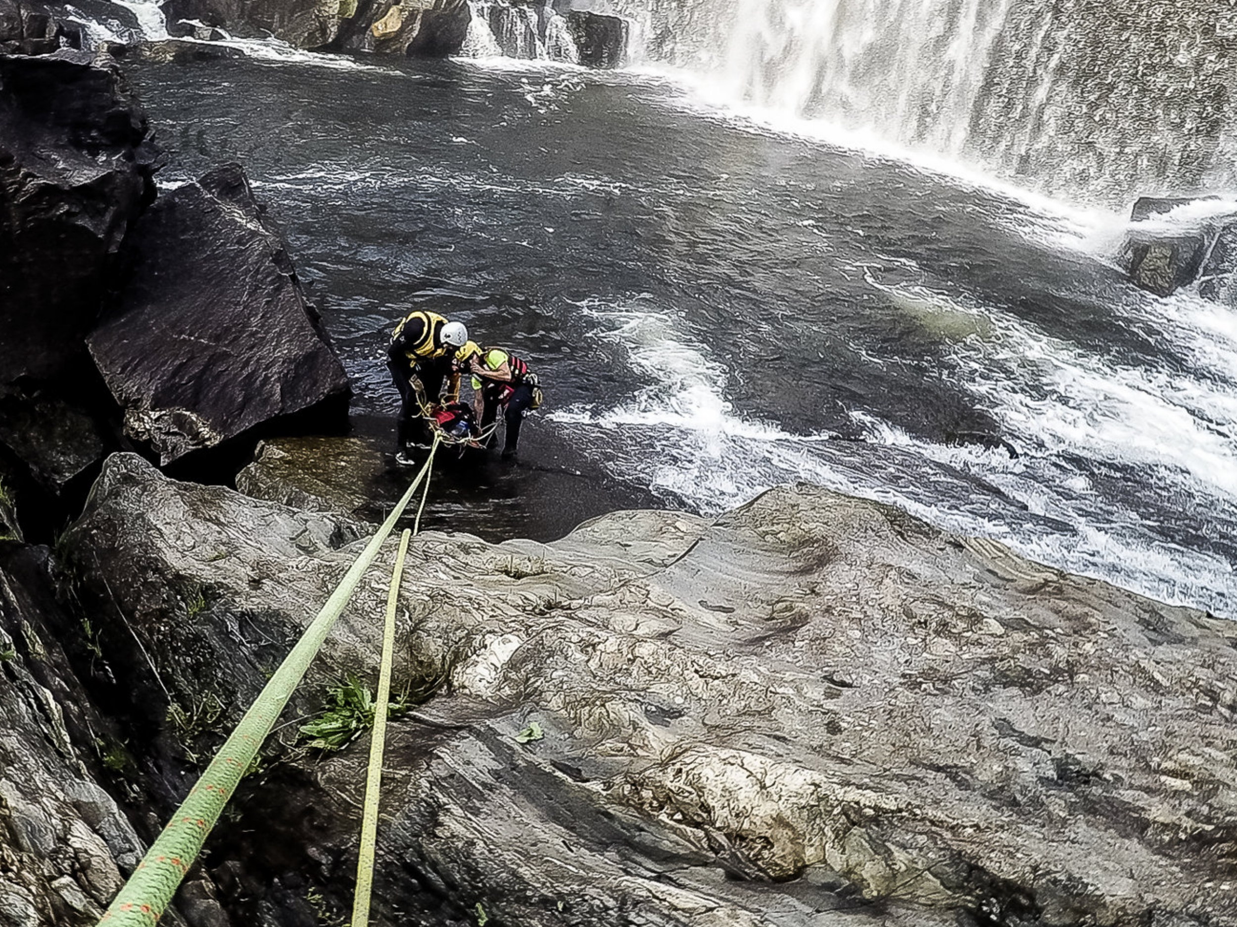 Swiftwater Rescue Advanced 1.jpg