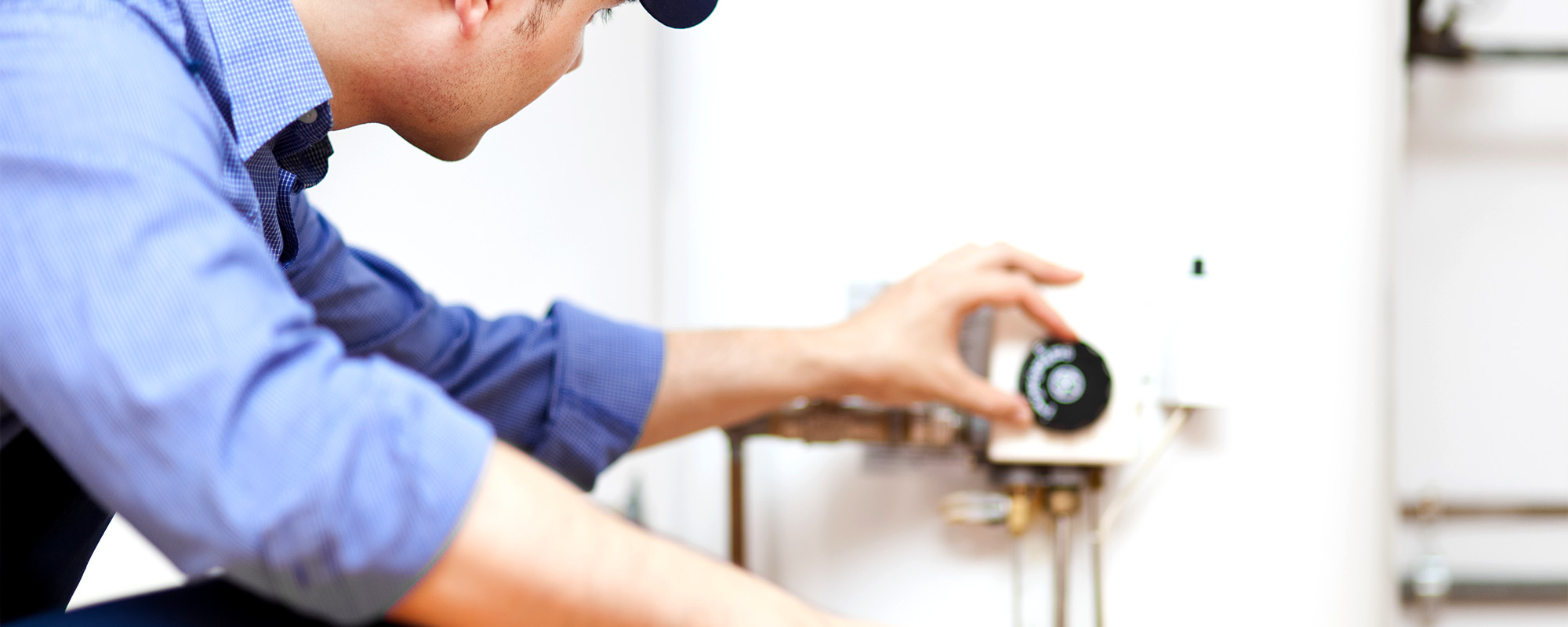 NATE Certified Technicians You Can Trust   Our expert technicians have the experience and qualifications needed to service or repair a range of makes and models.   About Mitchell Aire