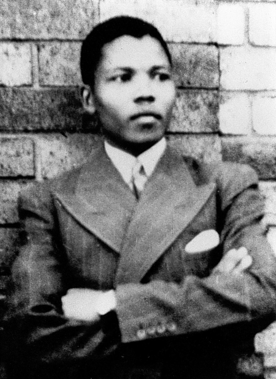 Young_Mandela.jpg