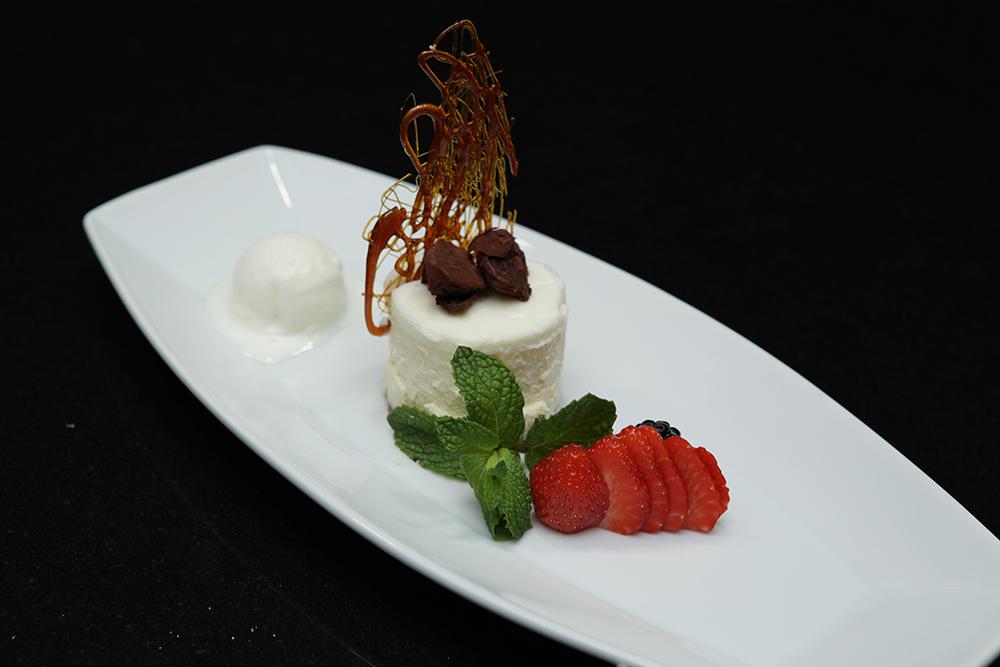 HS_Plated_Dessert_HomeiraStyle.jpg