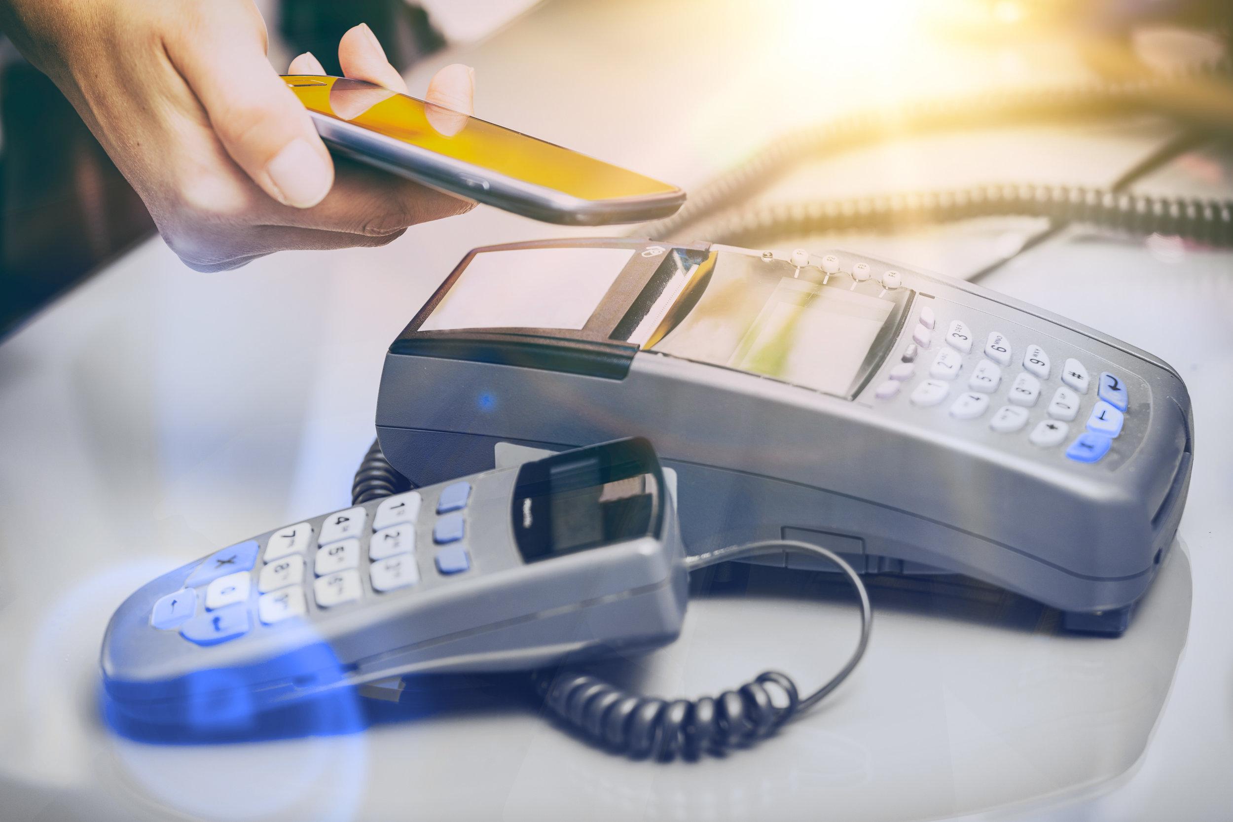 Mobile payments, proximity payment, blockchain, electronic cash, Moneyclip.
