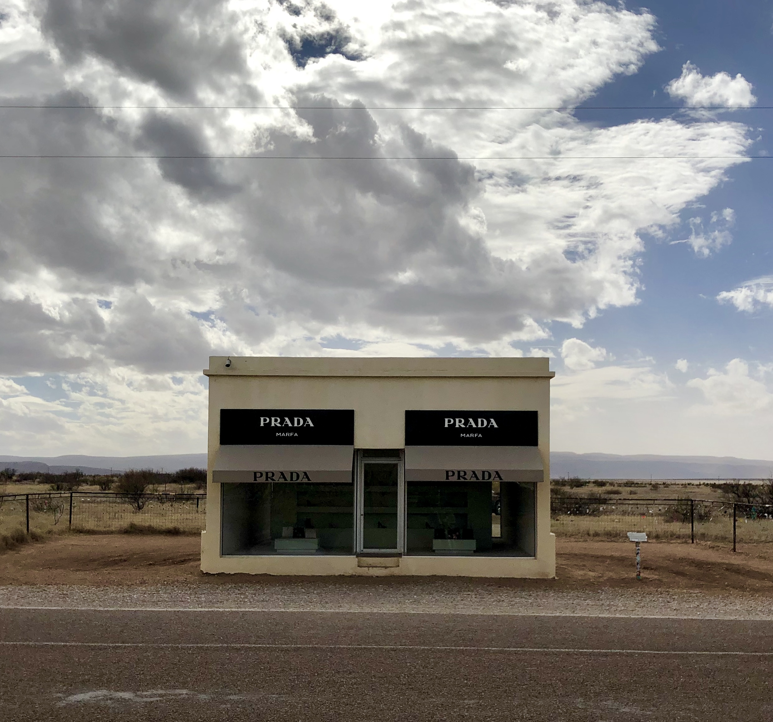 Elmgreen and Dragset, Prada Marfa, 2005