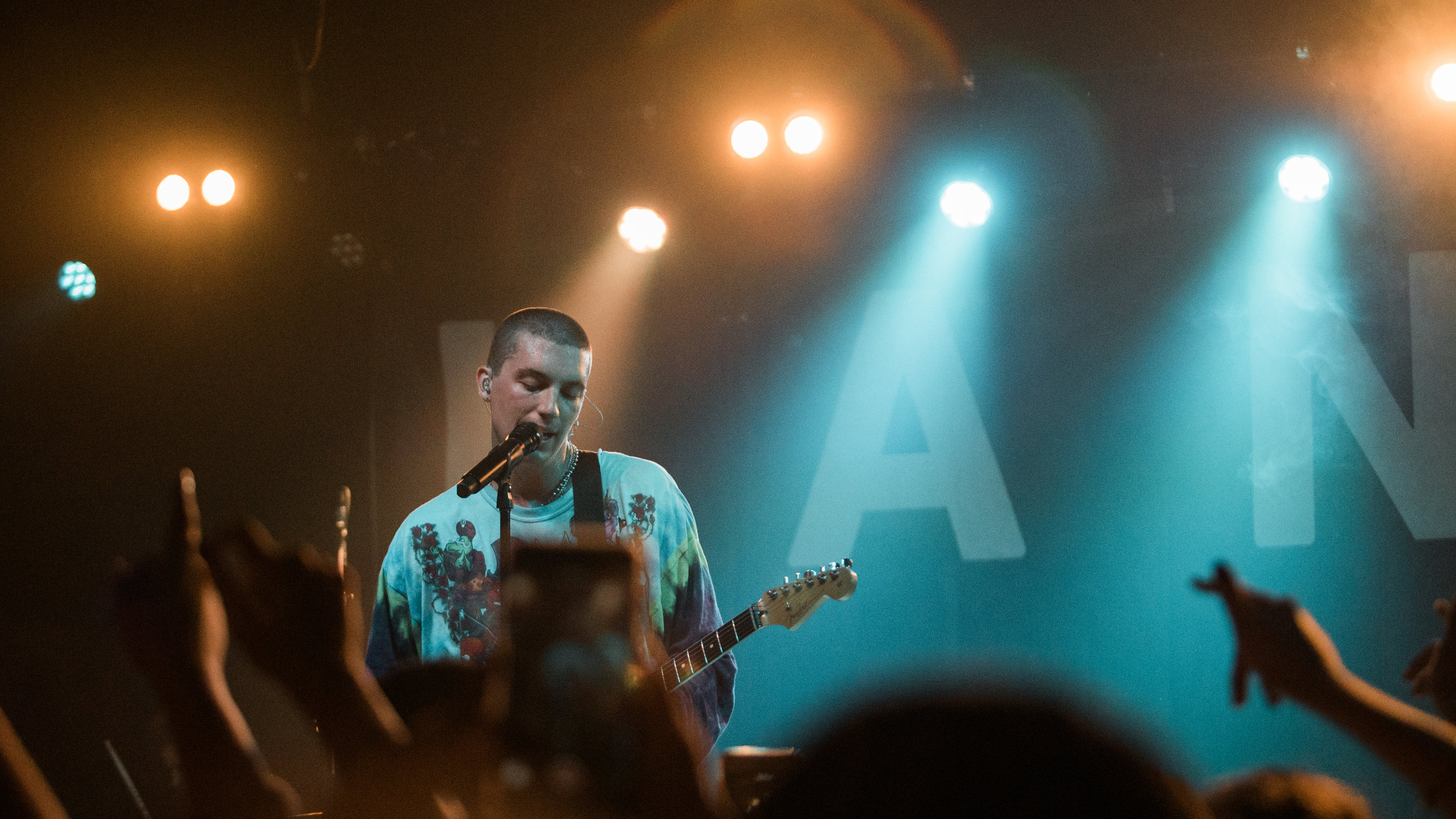 lany_chicago_08.01.18 (21 of 26).jpg