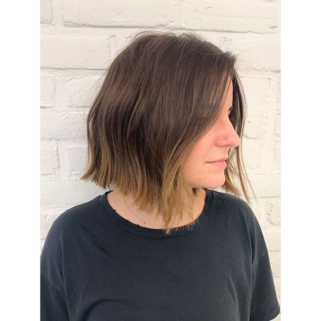 Haircut only! ✂️ A 'lived in' bob, effortlessly chic, classic and a of course, a personal fav. The fullness actually gives the appearance of length even though you're going shorter. . . . . . . #haircut #livedinhair #livedinbob #bobhaircut #texturedbob #nychairstylist #nychair #nychairsalon #nyc #les #haircutsforwomen #livedin #softhairstyle #shorthaircuts