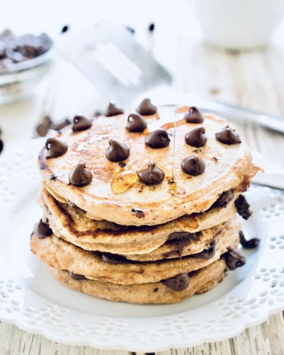 - Ingredients2 eggs1 teaspoon gluten-free baking powder ¼ teaspoon ground cinnamon¼ tsp stevia drops 1/3 cup unsweetened almond milk1 serve of protein powder 1 teaspoon vanilla extractPinch of salt1 tbs arrowroot/tapioca flour to thicken 1/3 cup dark chocolate chips or Cacao nibs Method Beat ingredients together and pour runny mixture onto low-medium heated fry pan greased with coconut oil. Make like a pancake, flip when golden brown on one side and small bubbles come to surface. Add some colour and texture with your favourite toppings! Fresh raspberries, chopped banana , a tablespoon of melted nut butter or a sprinkle of cacao nibs!Image source: Pinterest