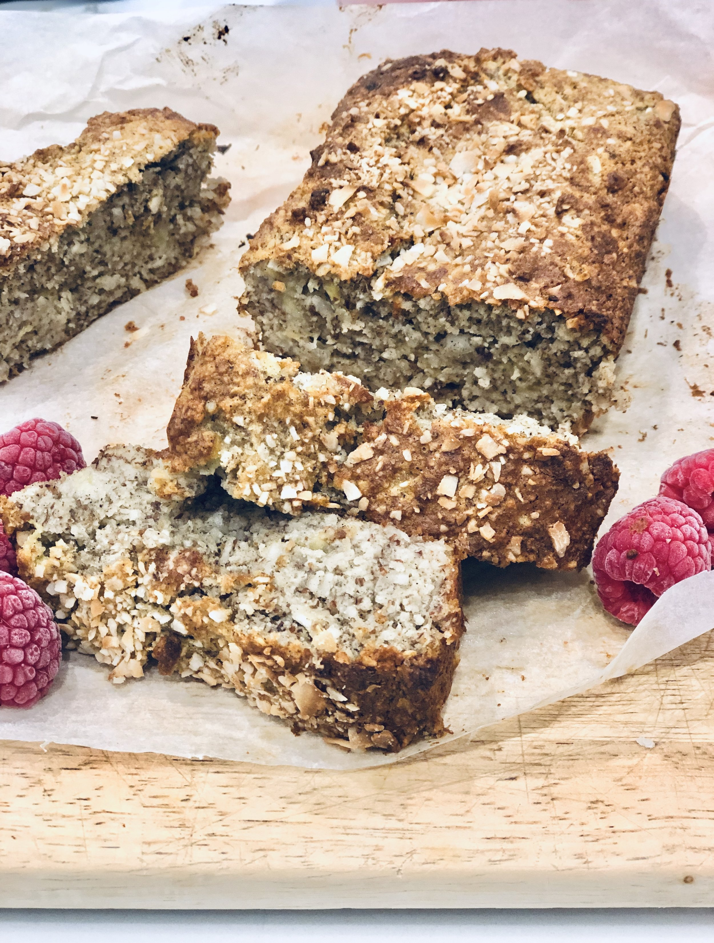 - Raise your hand if you want a virtual piece of my banana bread! 🙋😋 The recipe is gluten-free, refined sugar-free, super easy to make and of course delicious!Ingredients 225g of Bananas, mashed 2 Egg Sweetener to taste, I used 1 tsp @nirvanahealthproducts pure ground stevia 1 1/2 cups of Almond meal 2 tsp Baking powder 1/2 tsp Salt 1 tsp ground vanilla I used @terramadreorganics 1/4 cup Coconut oil Dash of Almond milk (depends on consistency of mixture) I used @pureharvest Method Grease and line a loaf tin with baking paper. Mash bananas in a mixing bowl then add 2 eggs. Combine with a fork then add all dry ingredients. Mix together, adding dashes of almond milk if mixture is too thick. Pour into lined loaf tray. Bake in preheated oven at 170 degrees fan forced for about 40 minutes. Enjoy with a scoop of @coyo_organic coconut yogurt and fresh berries.