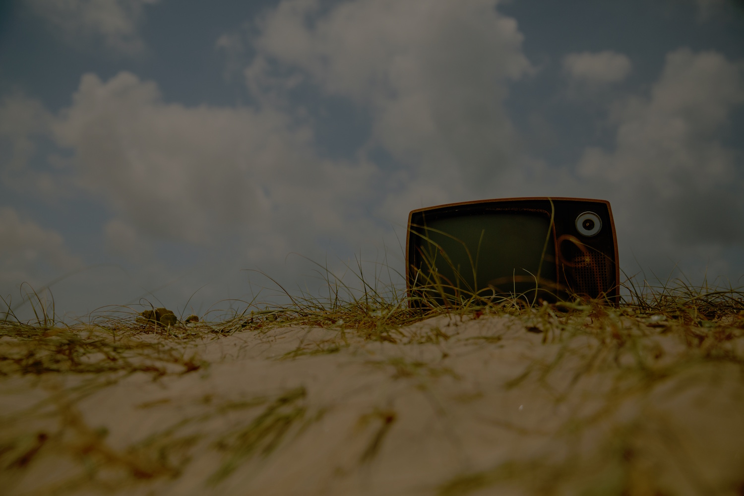 THE FUTURE OF TV IS SOCIAL & THE REVOLUTION STARTS NOW