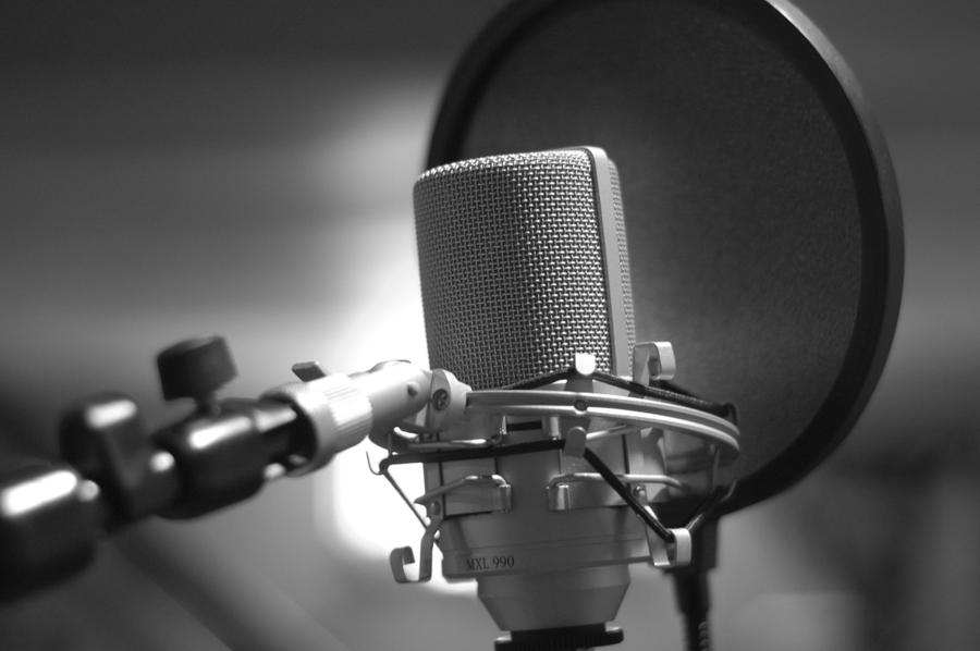 microphone_remote_studio_eq_80020_1024x768.jpg