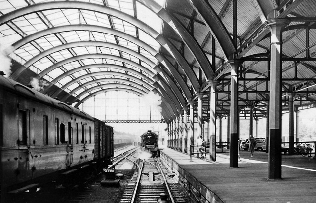 Green Park Station, date unknown