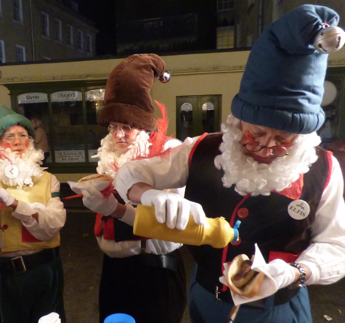 christmas-elves-at-bath-christmas-market.jpg