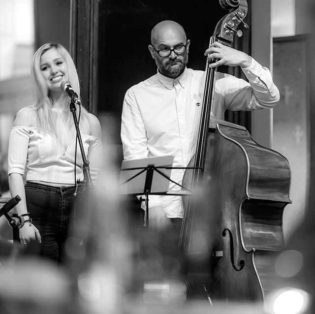 🎷It's a weekend of Trios with  JazzHouse Trio playing this eve & Saturday night we welcome the Mike Collins Trio #livemusic #livemusicvenue #livemusicrestaurant #bathuk #batheats #bathdrinks #lovebath #restaurant #restaurantlife #music #jazz #swing #soul #funk #jazzband #jazzbar #jazzmaster #jazzcafe #restaurantweek #musically #musicians #swisbest #igersbath #greenparkstationbath #brilliantbath #inbath #bathlive #bathlife