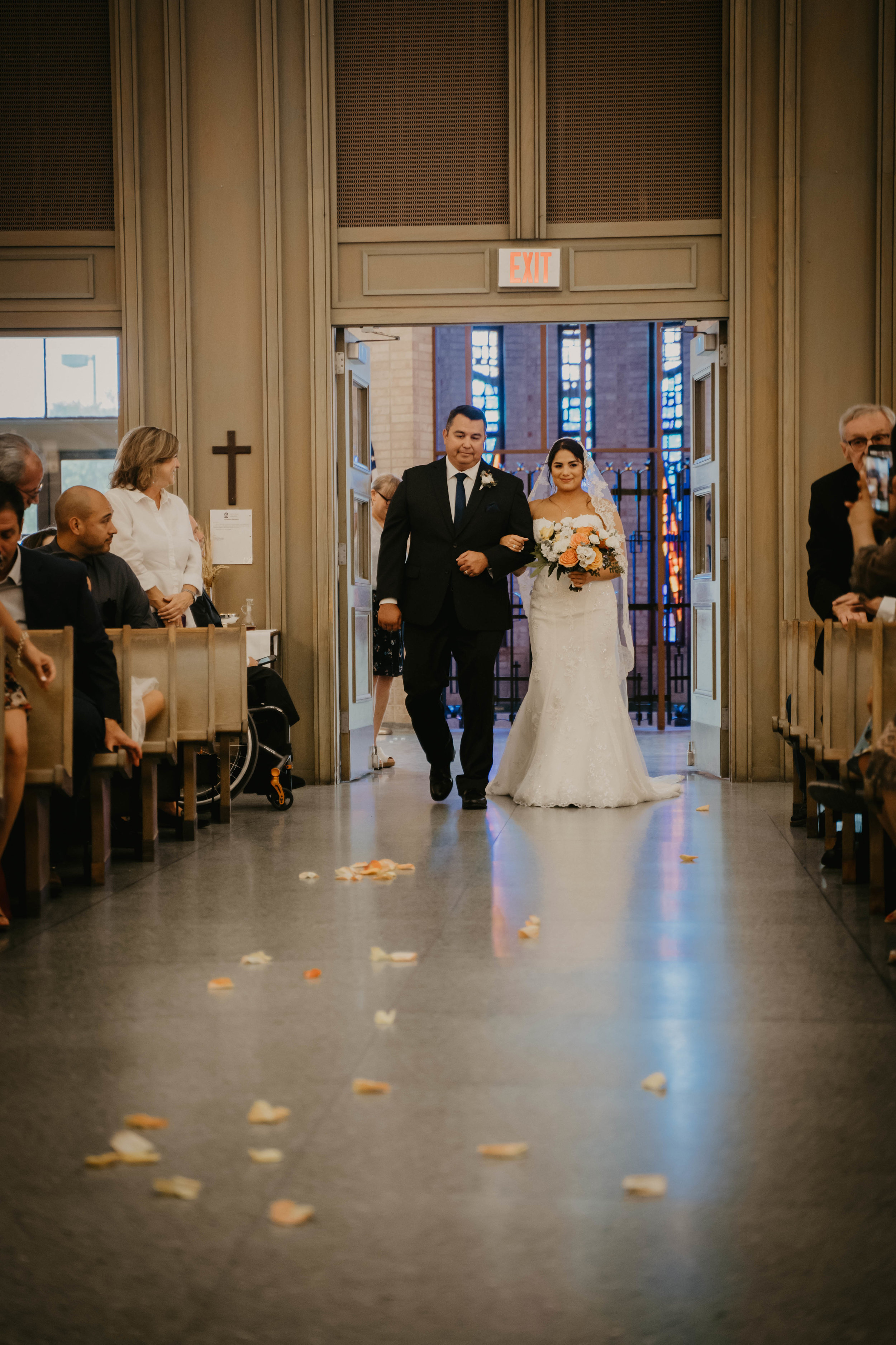 austin-wedding-videographer (362 of 999).jpg