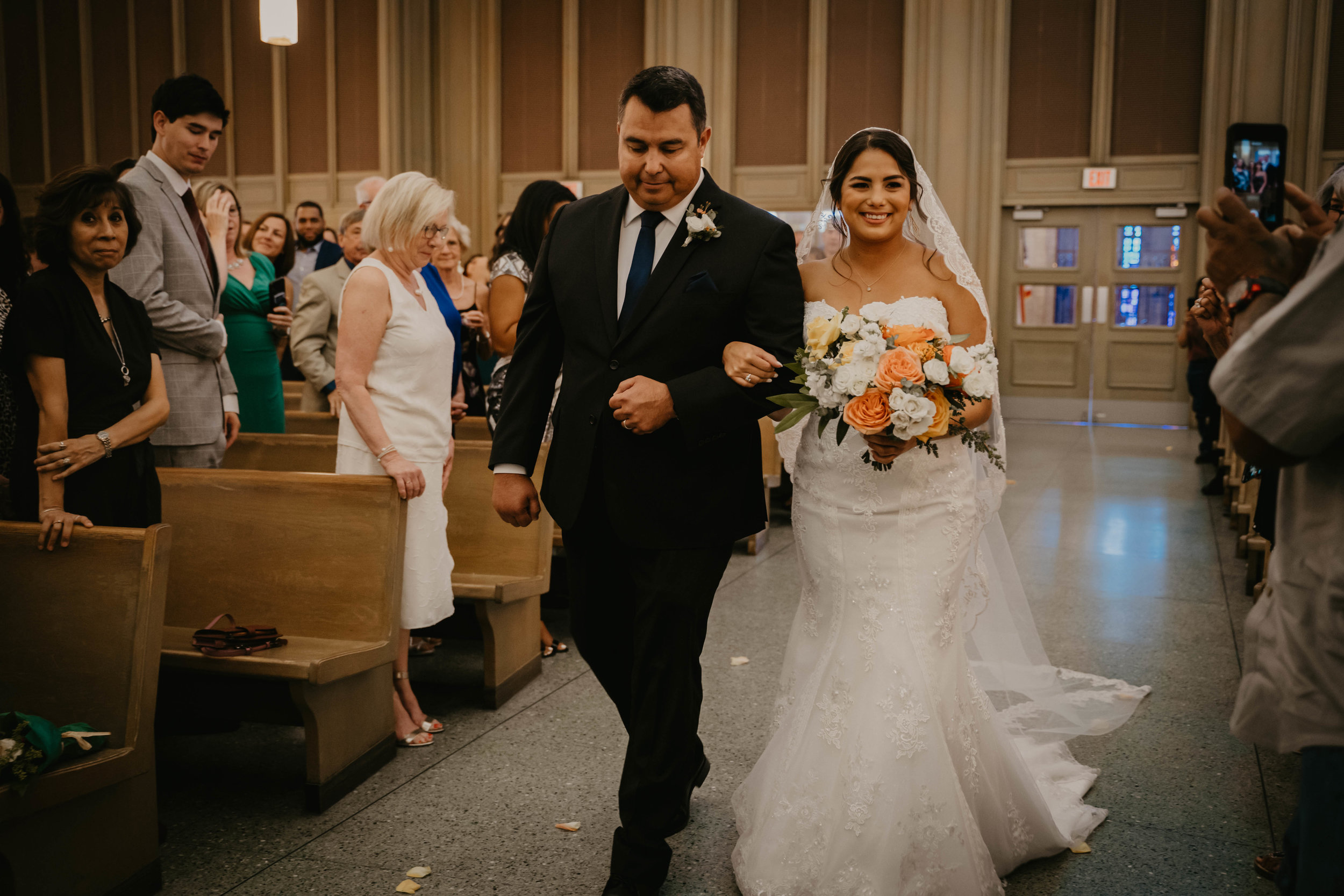 austin-wedding-videographer (367 of 999).jpg