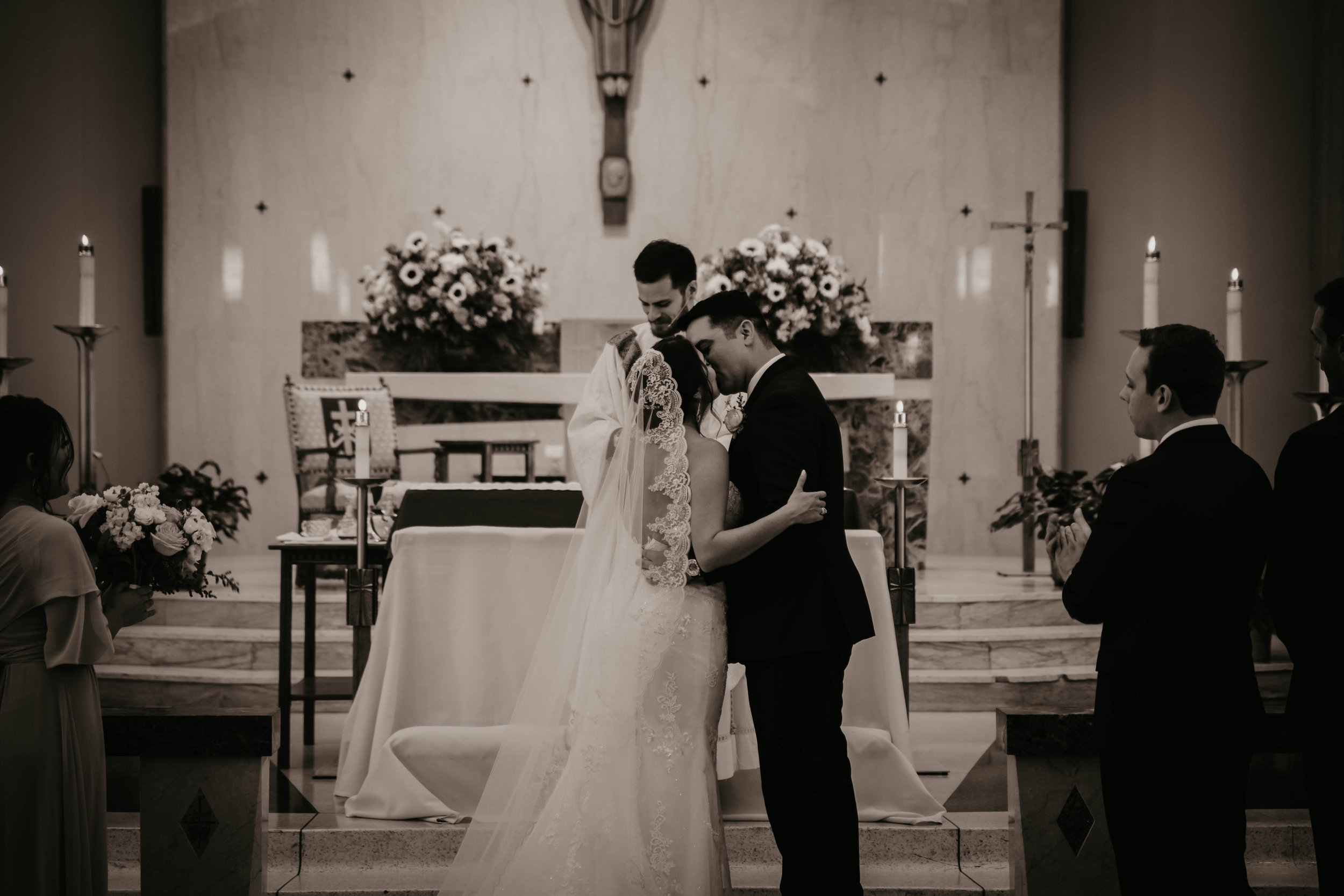austin-wedding-videographer (463 of 999).jpg