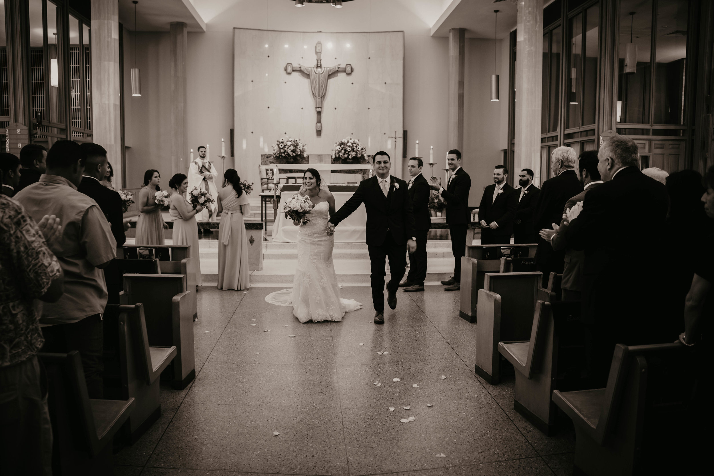 austin-wedding-videographer (471 of 999).jpg