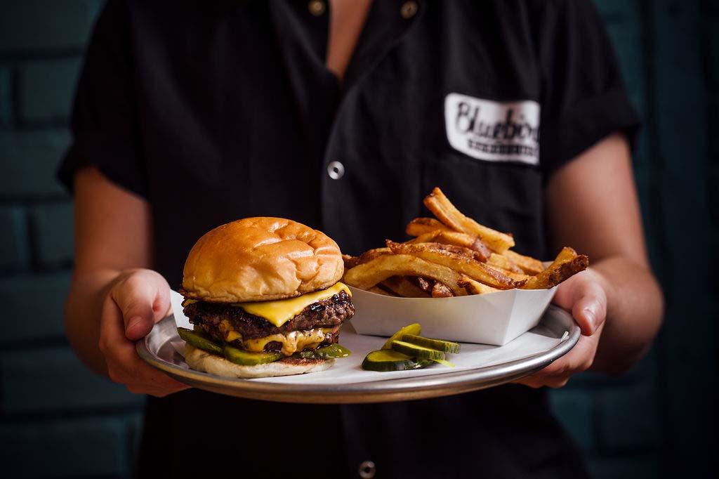 7.19doubleburger-server-web.jpg
