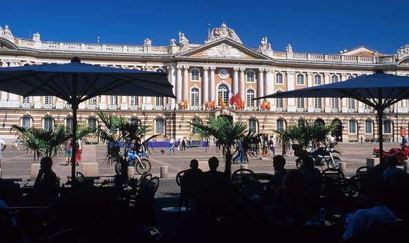 Have a coffee … - in Place du Capitole, Toulouse and people watch for a while