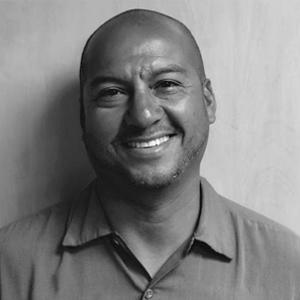<b>Juan Davila</b><br>Service Technician