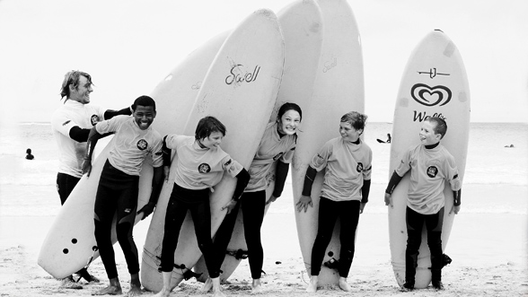 ST IVES SURF SCHOOL - Surf, Stand Up Paddleboard, Kayak and Coasteering activities for all ages and abilities. Learn to surf at one of Cornwall's best surf schools. Beginner and intermediate lessons available from £20 and quality equipment hire from £6.01736 793938