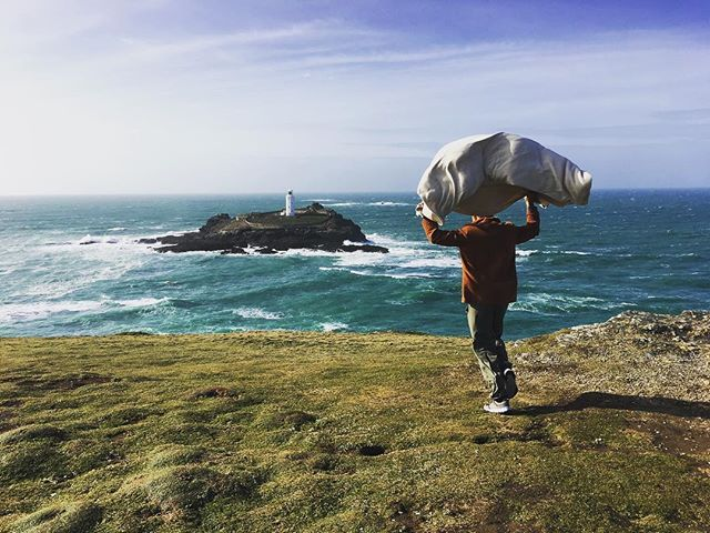It's a windy ol' week!⠀ Taking a break from putting the maps together for a terrifying cliff walk!#secretsealcove #godrevy⠀ ⠀ #nationaltrustgodrevy #nationaltrust #windy #cliffwalk #godrevylighthouse #cornwall #hayle #independentbusiness #goindies #independentbusinesses #map #littlebirdieguides #adventure #supportlocal #buylocal #shoplocal #guide #UK #wander #explore #localguide #littlebirdietoldme