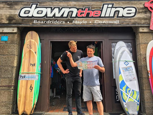 @downthelinesurf's Mikey and Justin trying to find their way to the beach.... Come and chat to these guys and find the best board, suit  or accessories for you from their comprehensive range... Psst! They hire out their quality surfboards, bodyboards and wetsuits too! 🏄‍♀️ #Hayle ⠀ ⠀ #surf #surfcornwall #surfshop #downtheline #independentbusiness #goindies #independentbusinesses #map #littlebirdieguides #adventure #supportlocal #buylocal #shoplocal #guide #cornwall #UK #wander #explore #localguide #littlebirdietoldme