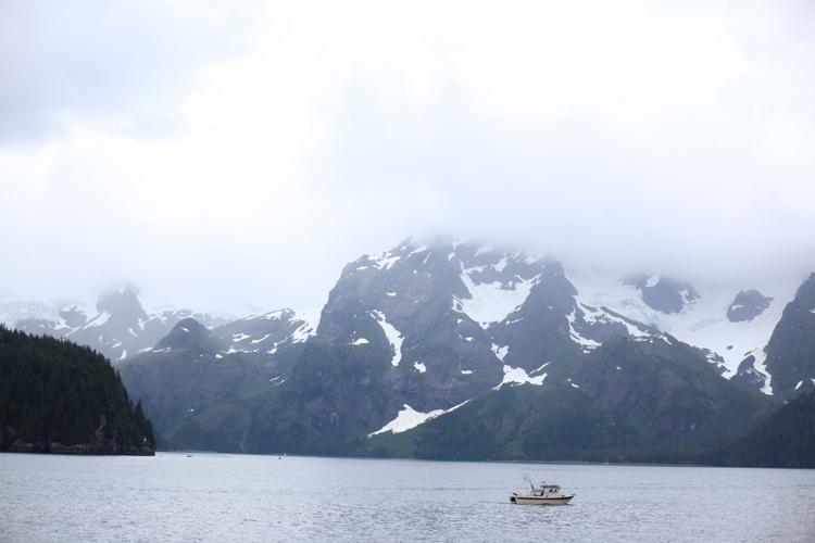 boat-mtns.jpg