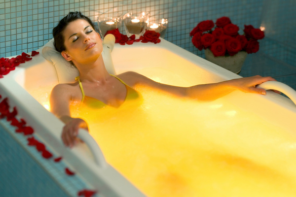 Image of multi-jet bath kindly supplied by LifeClass Hotels & Spa