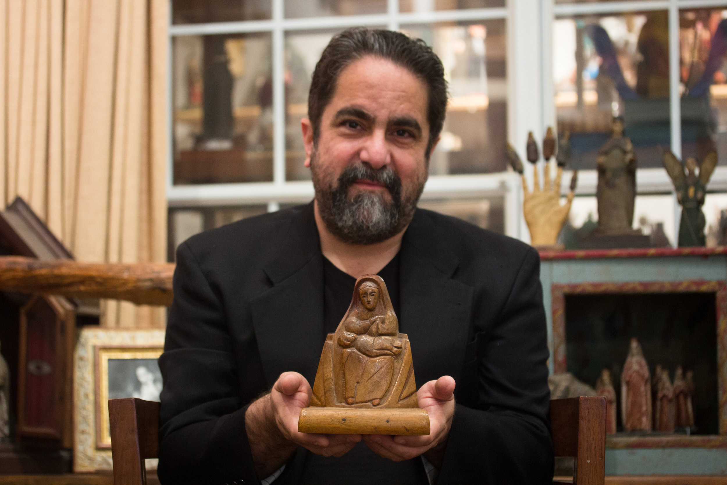 Hector Puig with Virgin of Providence by Ceferino, Photo: Mateo Puig Acosta