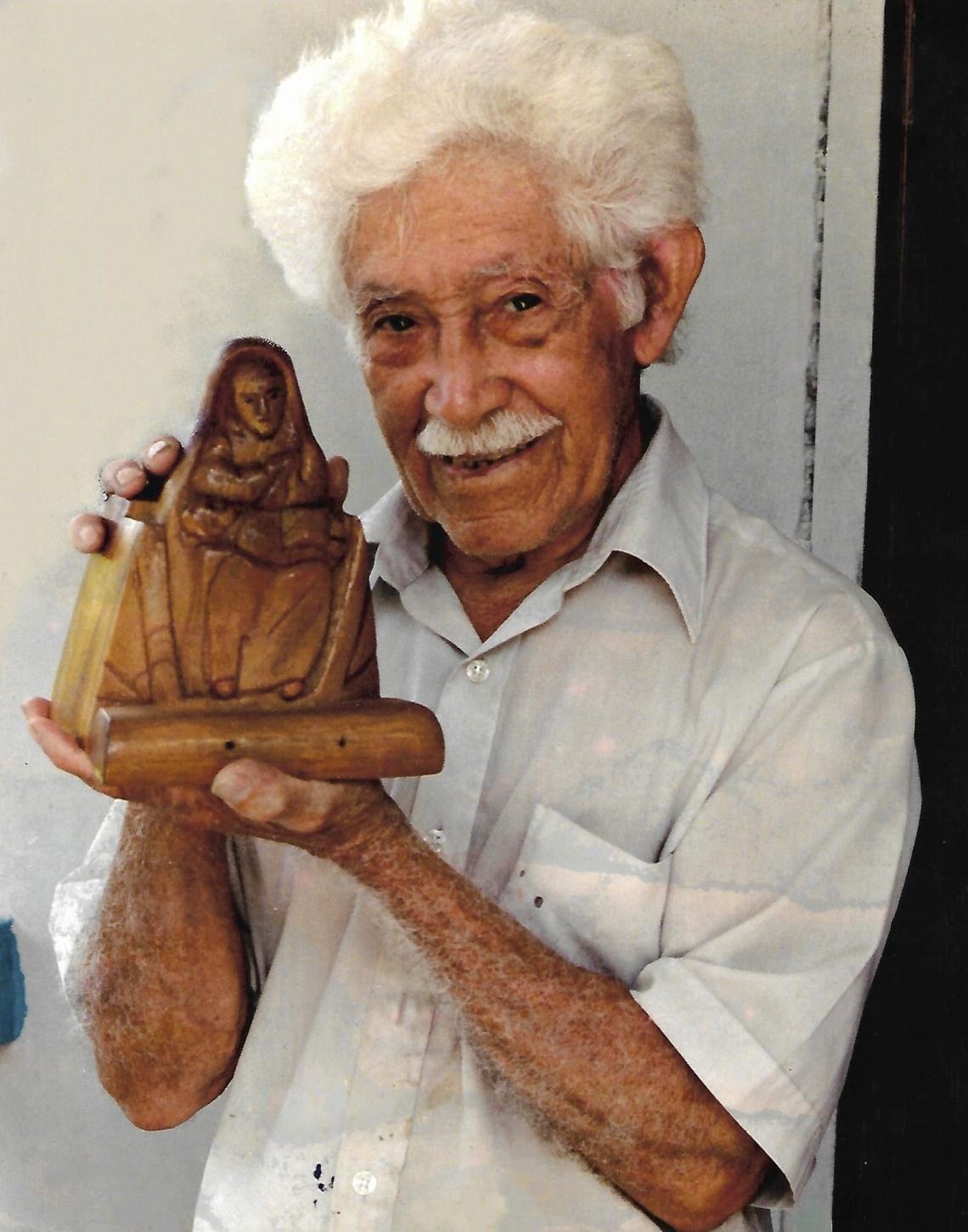 Santero Ceferino Calderón Albaladejo. Photo: Hector Puig.