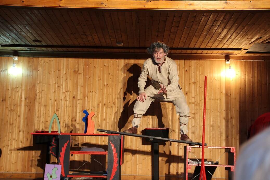 A one-man show storytelling one of the Sagas. Credit: Margret Hallmundsdóttir.