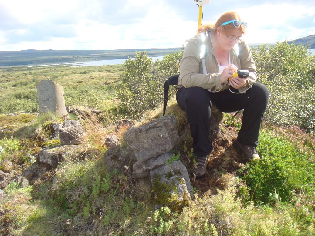 Margret conducting a survey in Þingvellir. Credit: Margret Hallmundsdóttir.