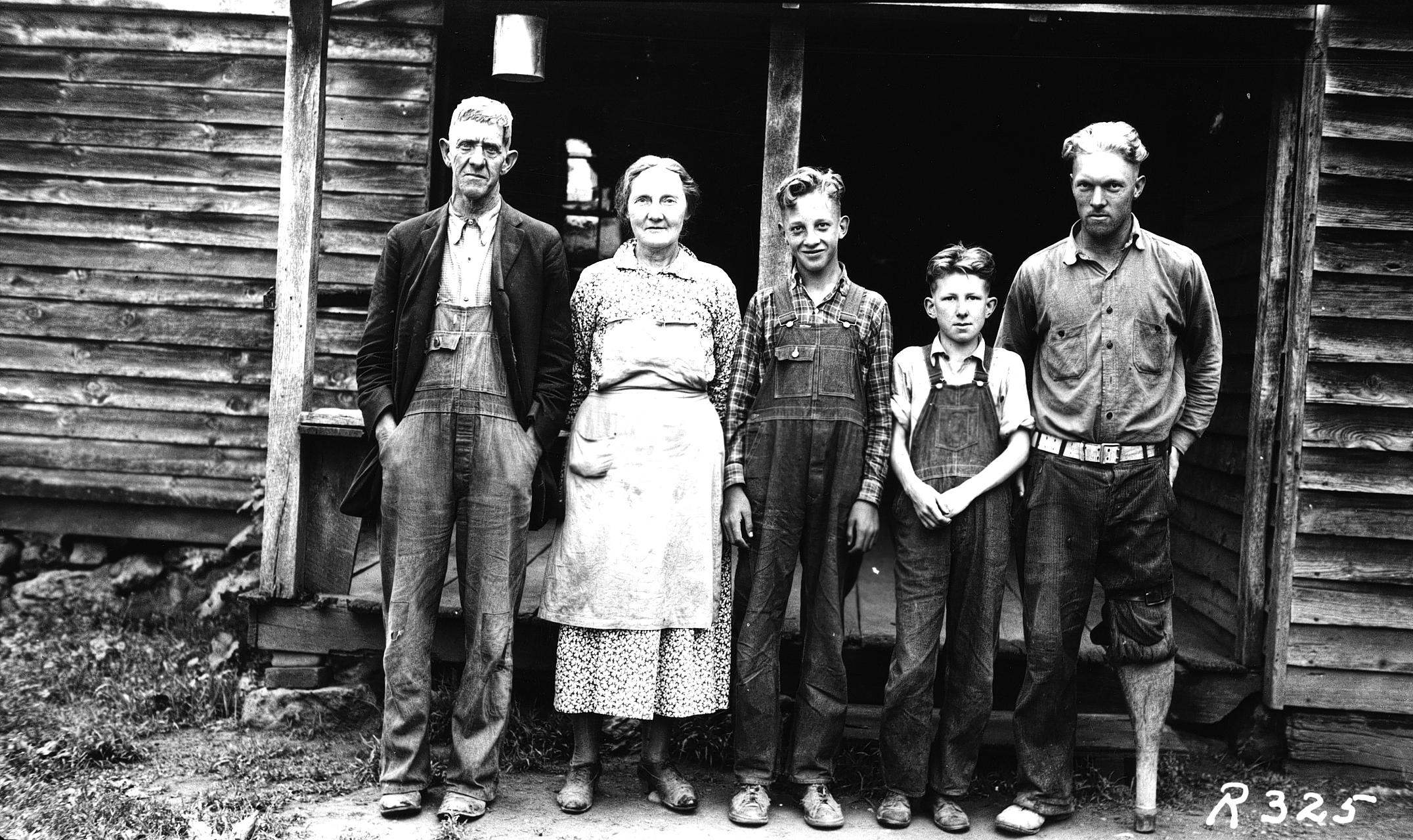 The Thomas family, residents of the mountain land before the park was established. (From left) Jim, Becky, Mark, Floyd, and Lester Thomas. Photo: Shenandoah National Park