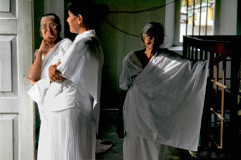 Photographing in Sri Lanka on the Fulbright exchange.jpg