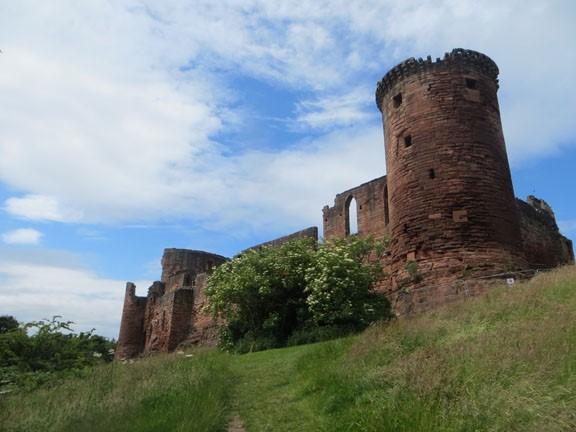 Bothwell Castle, Photo: David Weinczok