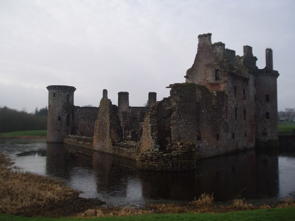 Caerlaverock Castle, Photo: David Weinczok