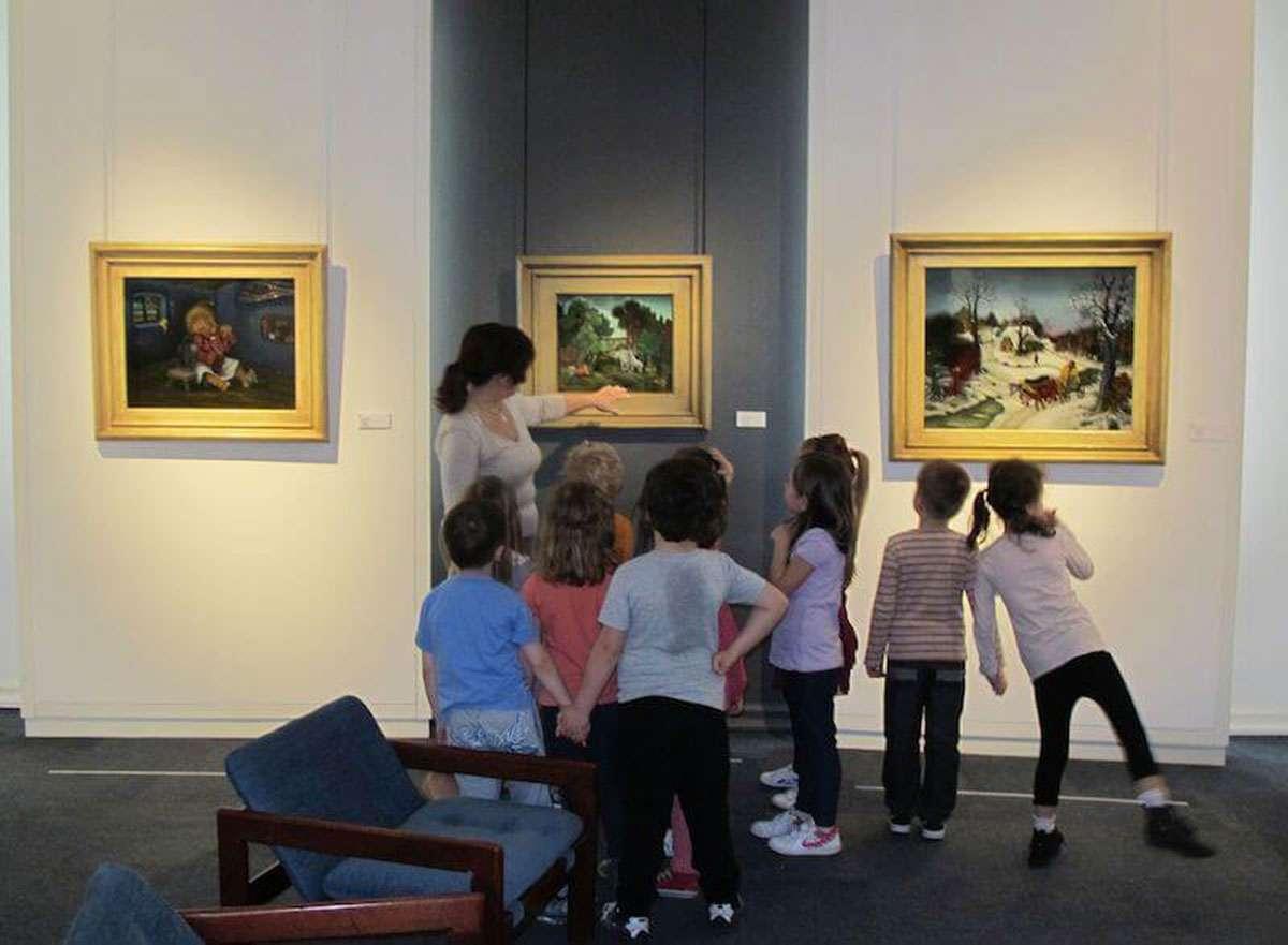 A museum art tour. Photo credit: The Croatian Museum of Naïve Art, Zagreb