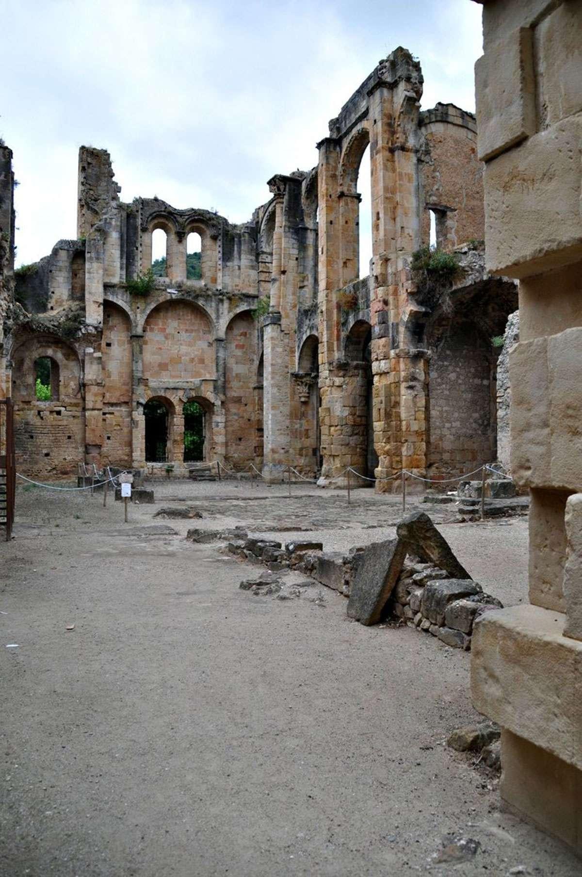 ruins cathar country.jpg