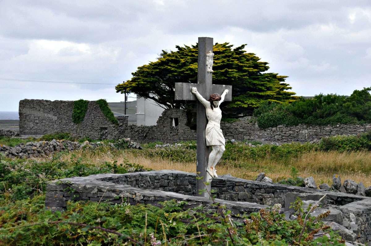 crucifix-aran-island-ireland.jpg